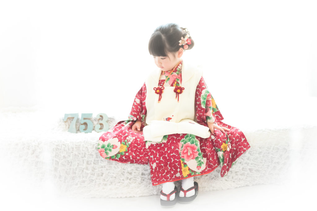 津田沼で七五三記念写真の撮影をお考えのみなさまへ 七五三前撮りって何?メリットお教えします!
